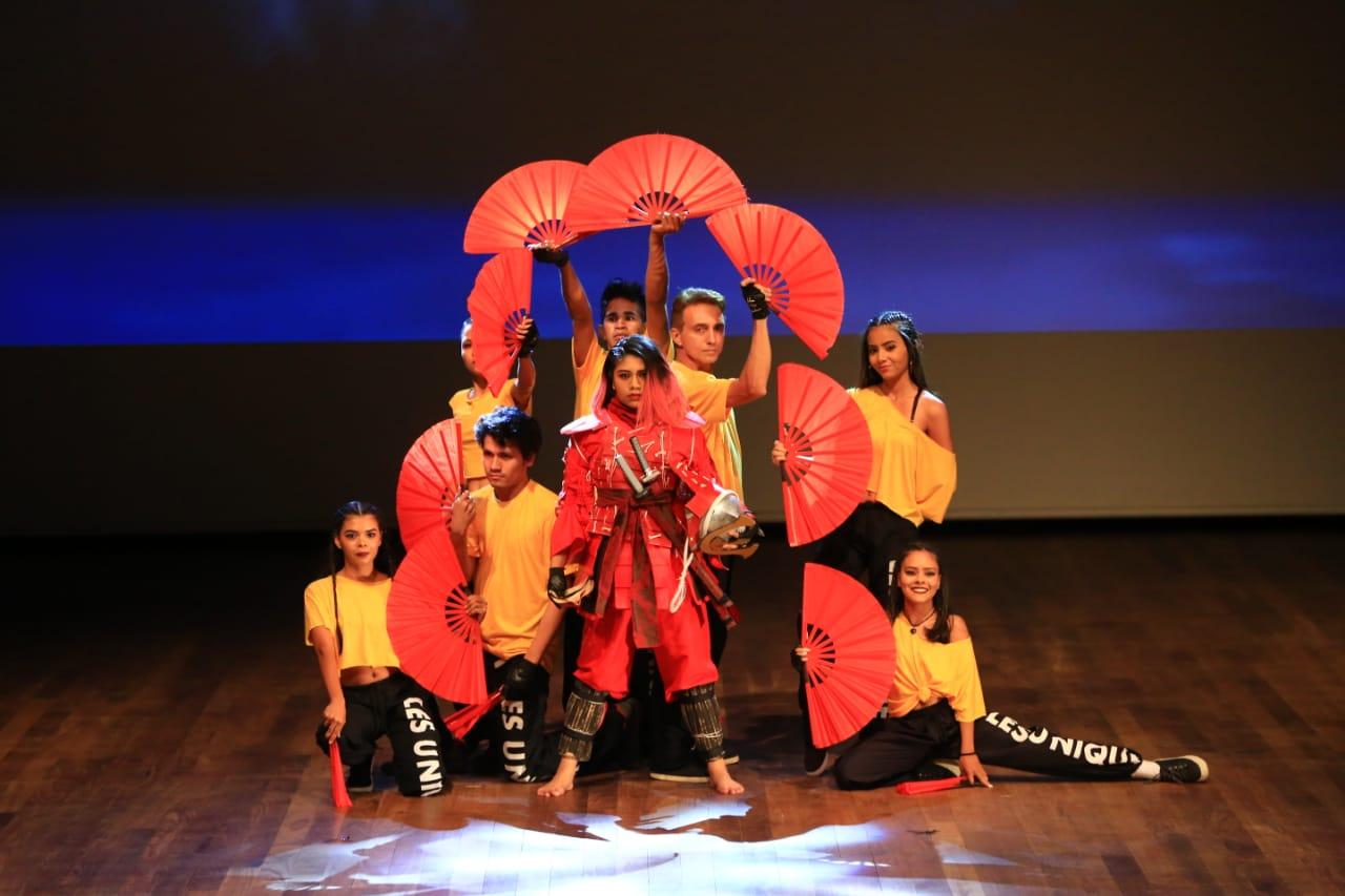 Livro e Mostra Fotográfica marcam comemorações alusivas aos 10 anos do Grupo de Dança Les Unique