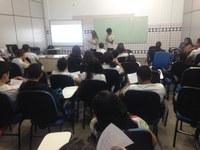 """""""UM CAMINHO PARA A VIDA"""" - Projeto de educação no trânsito leva orientação a estudantes do CBVZO"""