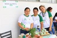 8.º FORINT – Alunas do polo de EAD do Amajari comercializam  geleia de pimenta na Feira do Empreendedor