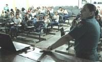 COMBATE ÀS DROGAS - Alunos do CBVZO esclarecem dúvidas com a Polícia Militar