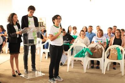 Professora Mariana Silva, presidente da Comissão Organizadora do evento