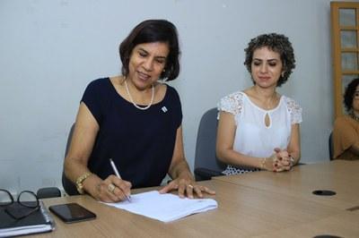 Reitora do IFRR, Sandra Mara Botelho e a Superintendente em exericio do Iphan, em Roraima, Lady Silva
